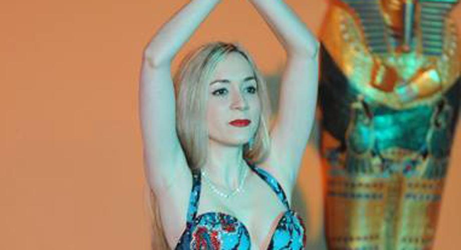 Irene Ruata tanzte beim Festival Internacional Egipto en Barcelona