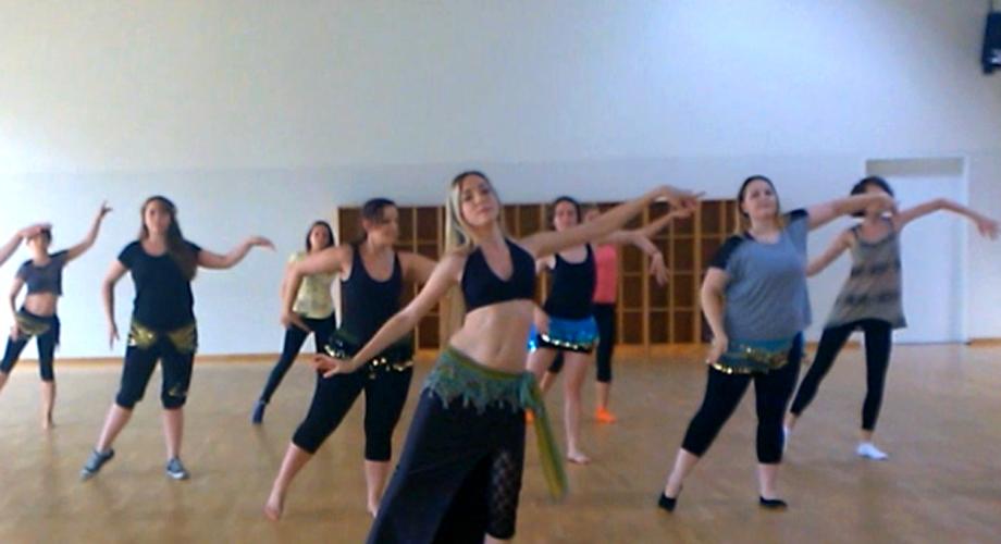 Irene Ruata Dance Studio - Bauchtanz fuer Anfaengerinnen